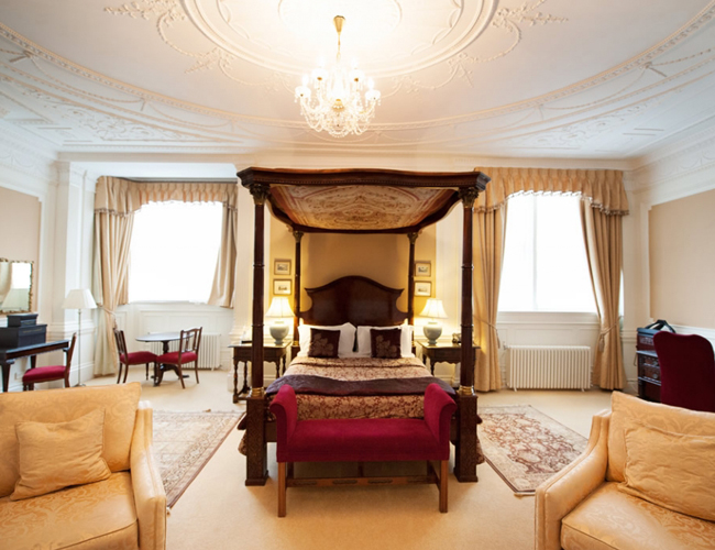 Northamptonshire Hotel Places To Stay In Kettering
